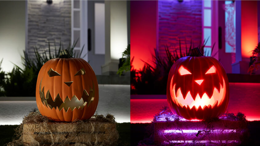 Normal vs Spooky pumpkin lantern with Hue Go